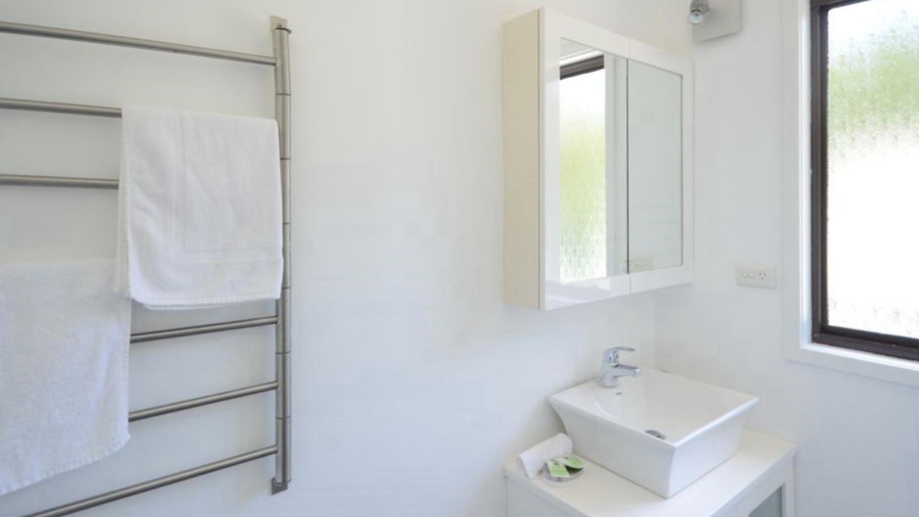 Upstairs Bathroom. Copa Beachside.